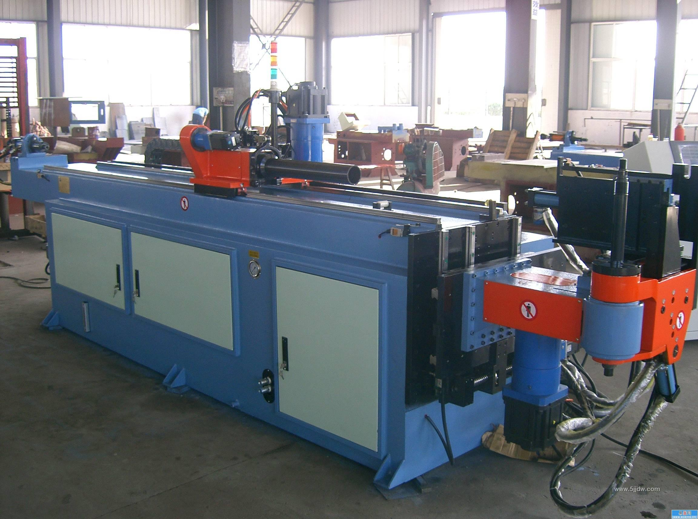 Precautions for operation of single head hydraulic pipe bending machine